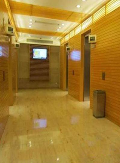 电梯.jpg