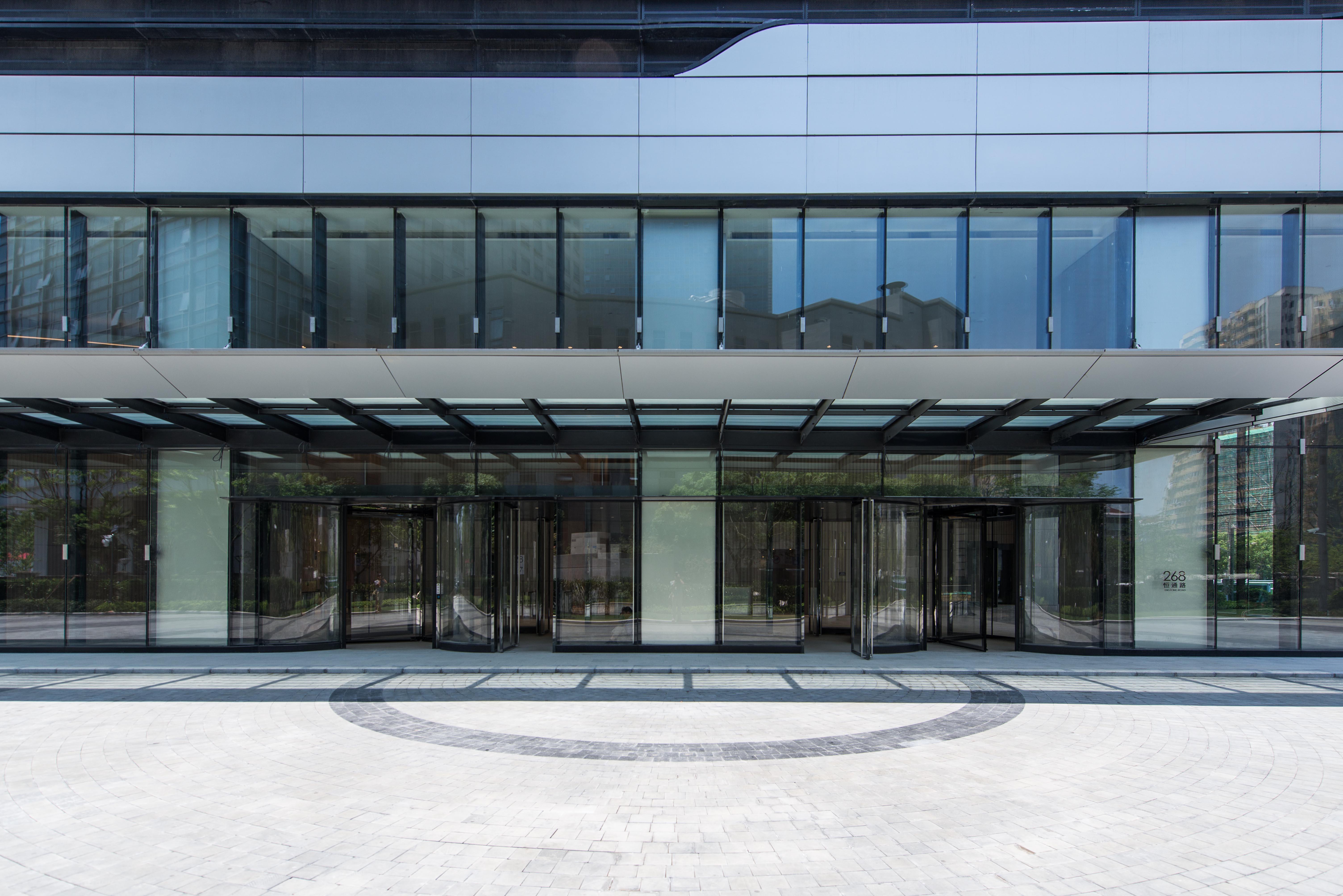 凯德星贸中心大堂入口.jpg